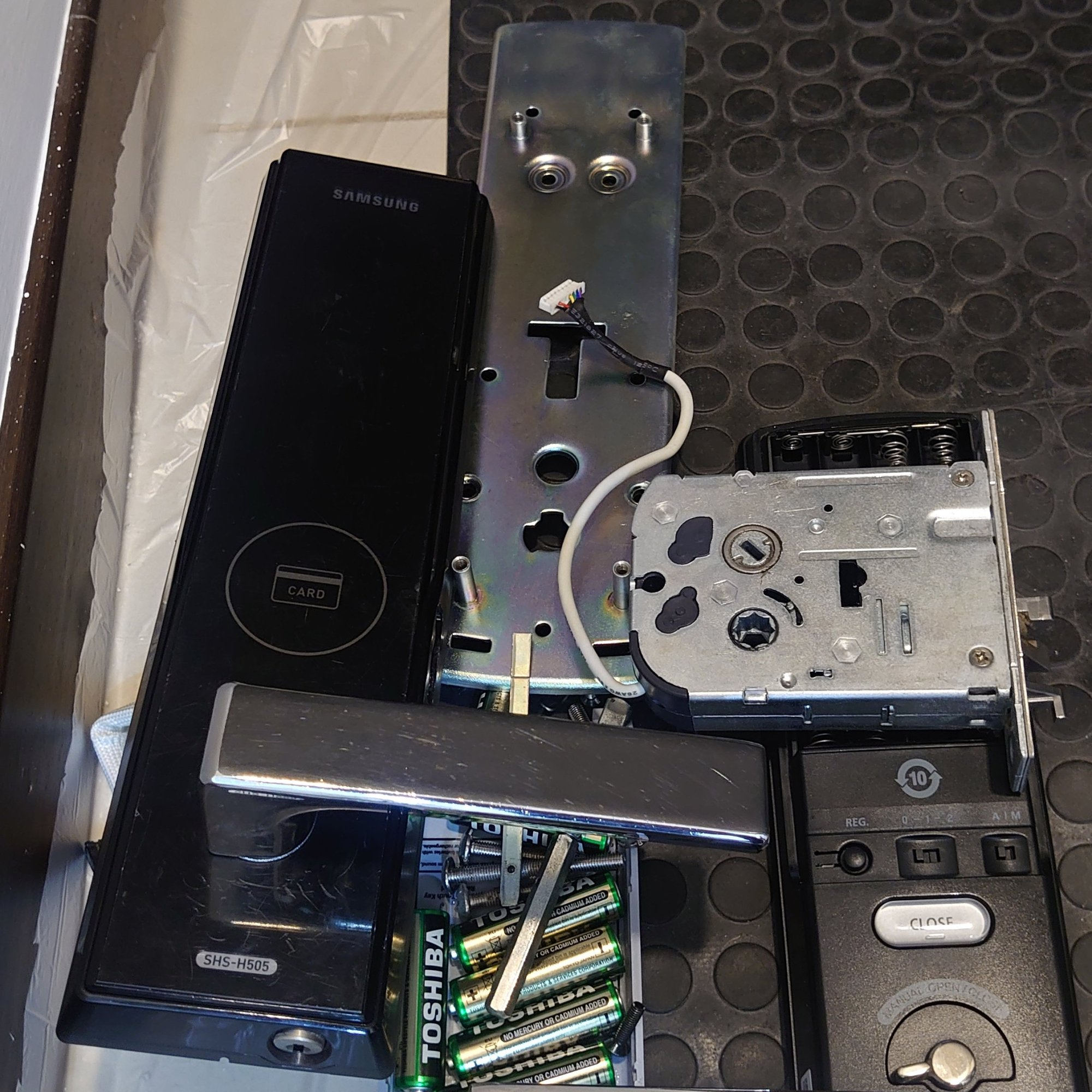 hdc-idl300 電子鎖安裝-4