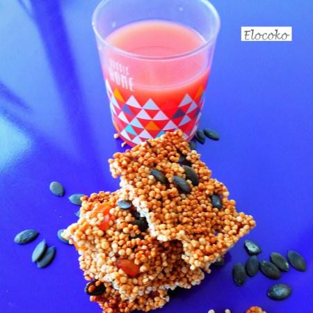carrés de quinoa soufflé, abricots secs et graines de courge