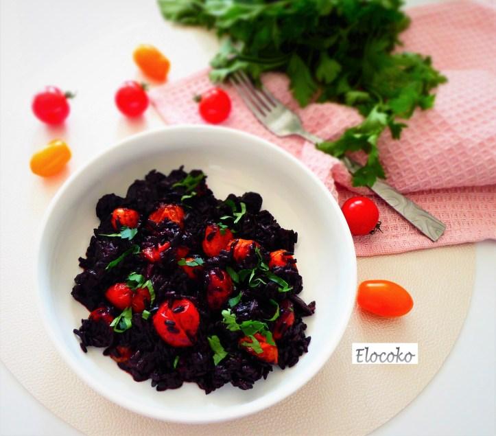 Riz noir au chorizo et tomates cerises