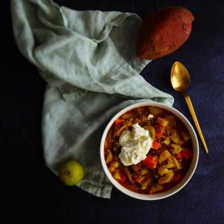Soupe de lentilles corail, légumes et patates douces