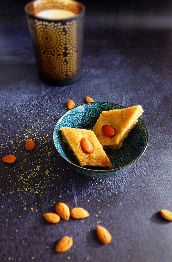 namoura (gateau semoule fleur d'oranger)