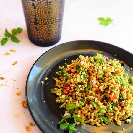 398-Salade de boulgour sucré salé pistaches, oignons rouges et abricots secs