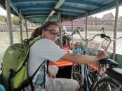 PEtit tour en bateau taxi avec les vélos