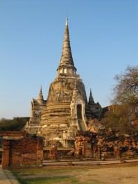 Wat Sri Sanphet : juste magnifique avec les lumières de fin de journée