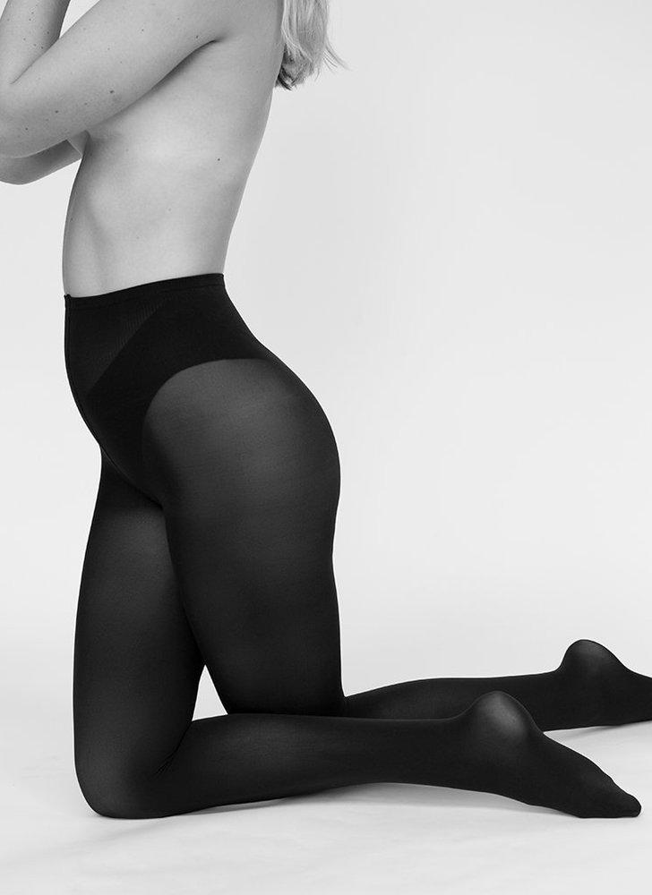 Les collants écologiques recyclés noirs par swedish stockings ! #recyclé #recycled #collants #lingerie #modeéthique #écologie #underwear #frenchlingerie #modefemme #sousvetements #undies #écologie #stockings #sustainable