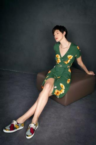 Aatise, la mode femme éthique et écologique ! J'ai posé pour le shooting SloWeAre avec cette magnifique robe de printemps / été éthique et écologique faite en France et j'adore cette série si joliment réalisée par l'équipe de Les Monades !