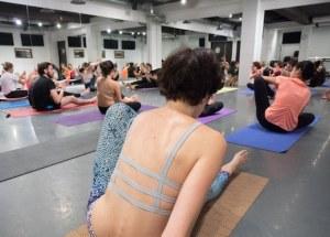 J'ai testé pour vous les cours de yoga à Paris avec OlyBe