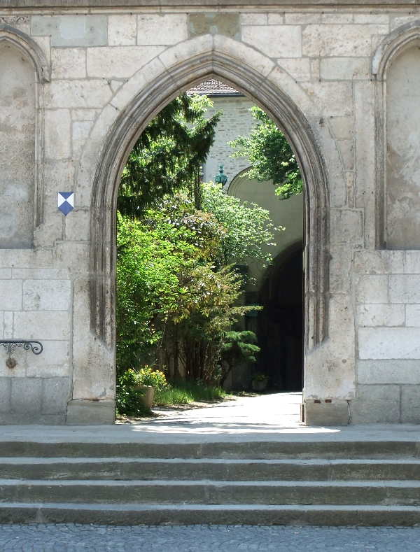 Gate / Tor