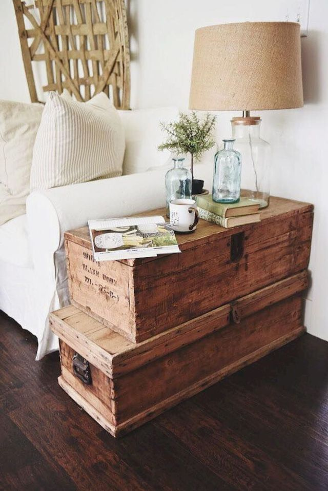 Creative Farmhouse Style Side Table Design Made From Scrap And Reclaimed Materials (22)