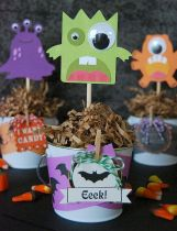 Cute Halloween party decorations for children Part 23