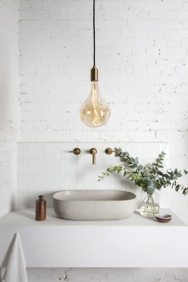 Easy Bathroom Makeover Inspirations with Cheap Decoration and Accessories Part 22