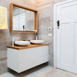 Easy Bathroom Makeover Inspirations with Cheap Decoration and Accessories Part 33