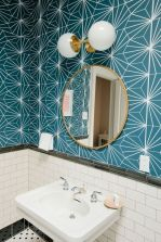 Easy Bathroom Makeover Inspirations with Cheap Decoration and Accessories Part 6