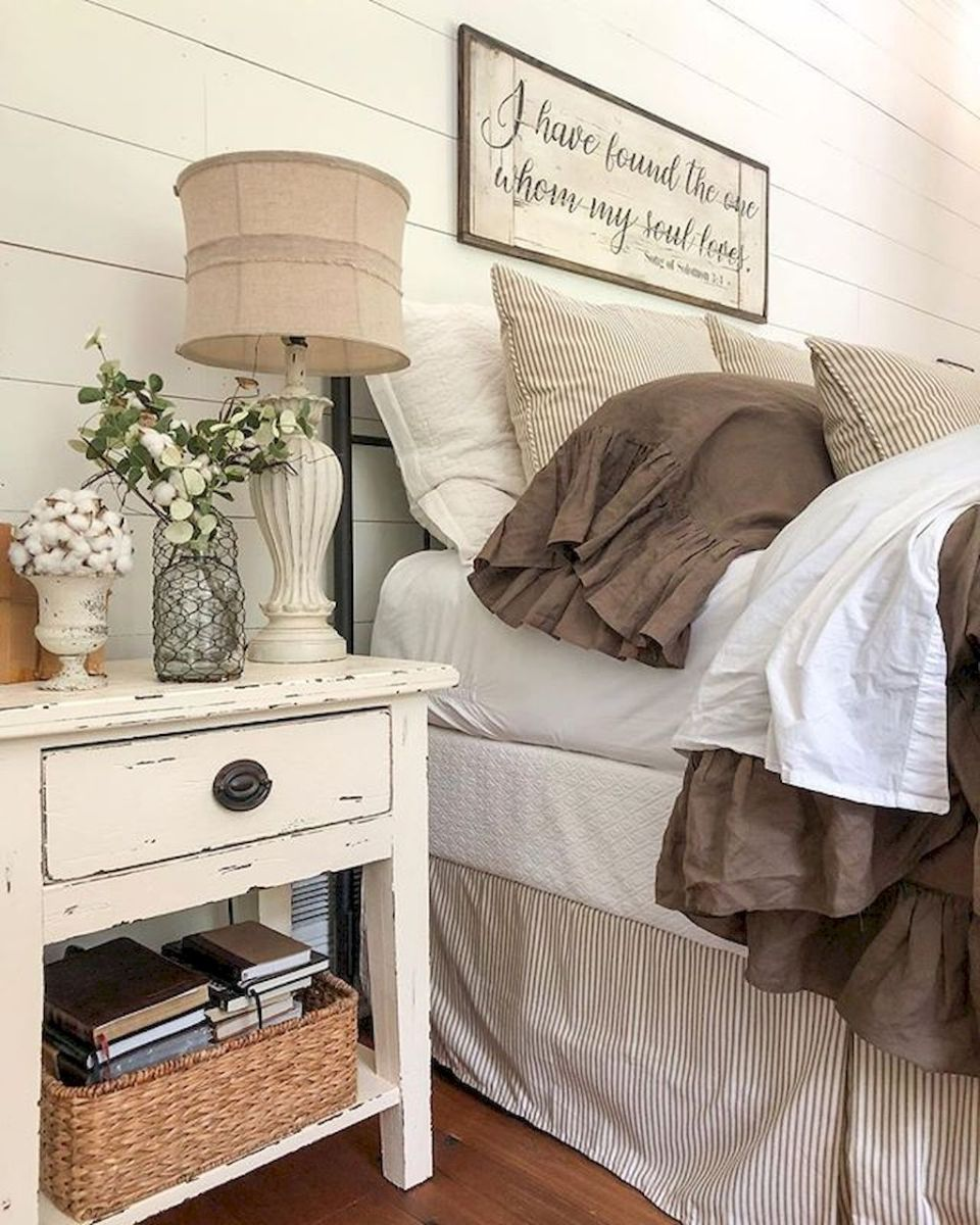 Easy tricks for Nightstand makeover ideas that will makeup the bedroom design Part 8
