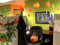 Inspiring Decoration Ideas of Halloween Cubical Office (24)