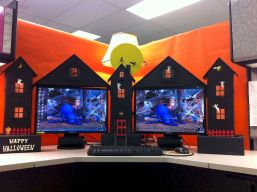 Inspiring Decoration Ideas of Halloween Cubical Office (57)