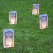 Mystical Halloween Lighting Ideas with Spellbinding candle and light string effect Part 13