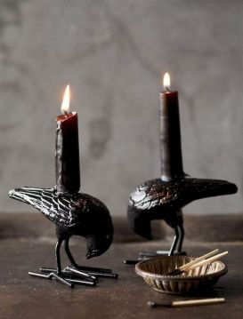 Mystical Halloween Lighting Ideas with Spellbinding candle and light string effect Part 63
