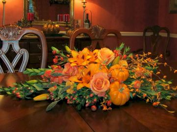 Thanksgiving Celebration Dining Table Centerpieces Idea Part 53