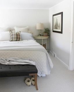White Bedroom Decorating Ideas with Beautiful Accent Part 26