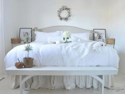 White Bedroom Decorating Ideas with Beautiful Accent Part 31