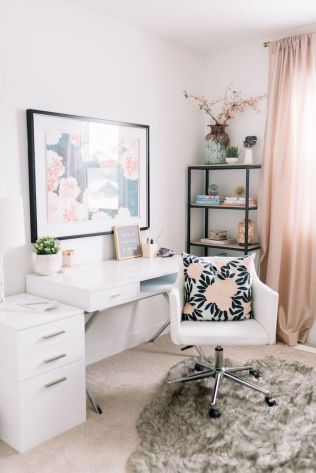 White Desk Ideas for Modern Home Office Design Part 38