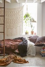 Beautiful Bed Sheet Designs With Tribal Pattern Liven Up Bedroom Looks Part 16