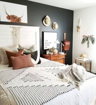 Master Bedroom On Budget Renovation Ideas with really Simple Decoration Part 49