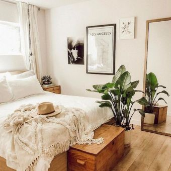 Relaxing Bedroom Feel with Natural Touch of Greenery Decorations Part 18