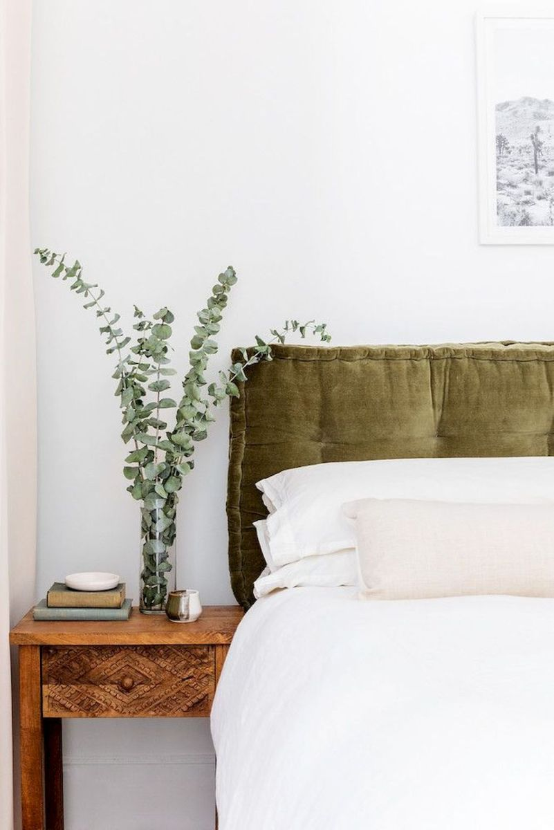 Relaxing Bedroom Feel with Natural Touch of Greenery Decorations Part 20
