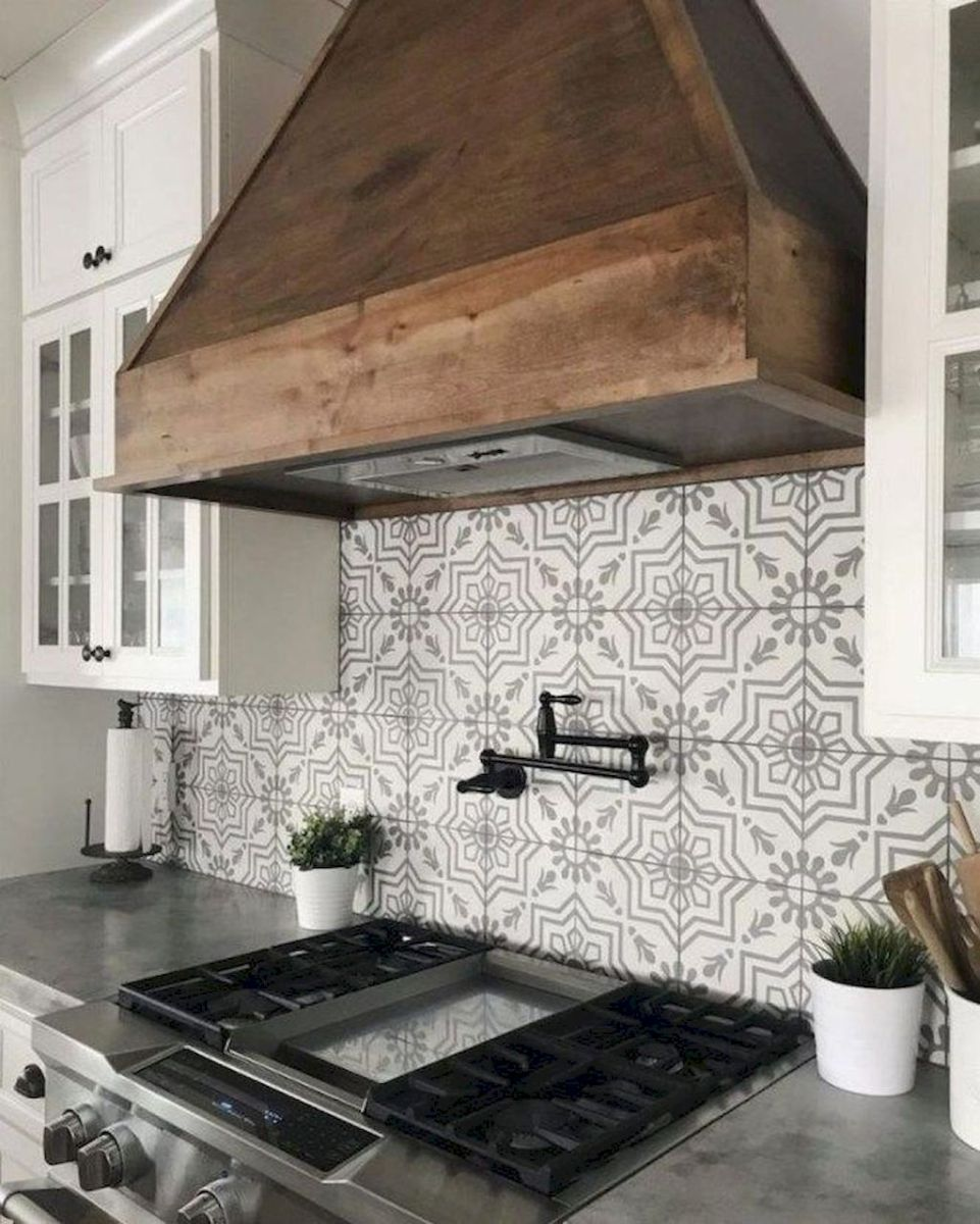 Stunning Kitchen Backsplash Ideas for Neutral Color Kitchen Designs Part 44