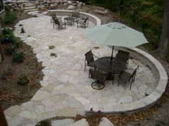 Amazing outdoor and garden paving ideas using flagstones Part 23
