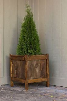 DIY planter boxes made from reclaimed woods and pallets excellent for outdoor and indoor decoration Part 19