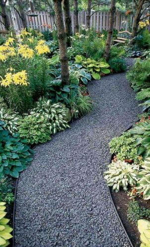 Exotic traditional style of graveled garden walkways that add more natural vibes in your garden designs Part 31