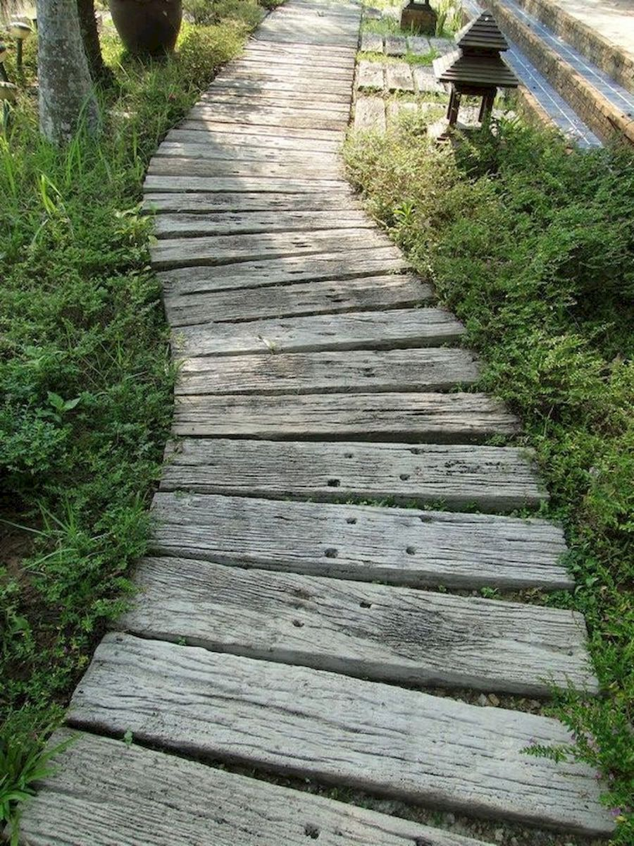 Garden wooden pathways that look blending with nature Part 20
