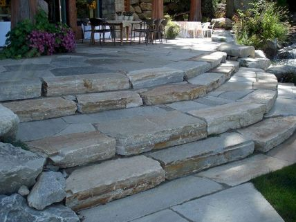 Inspiring outdoor and garden paving ideas using flagstones Part 11