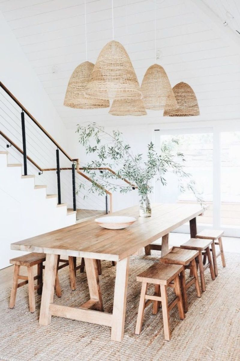 Modern Coastal Home Designs with Traditional Dining Room Twist Part 15