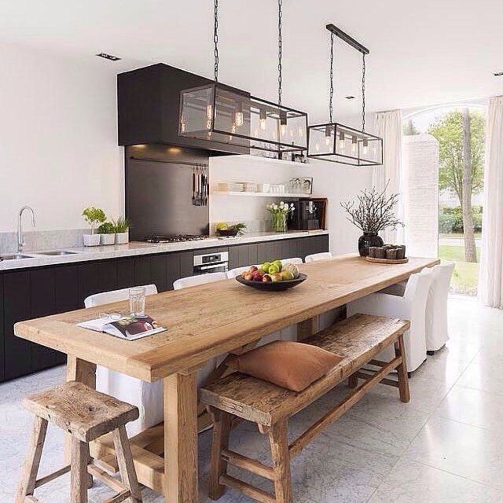 Modern Coastal Home Designs with Traditional Dining Room Twist Part 16