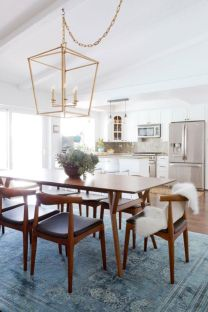 Modern Coastal Home Designs with Traditional Dining Room Twist Part 6