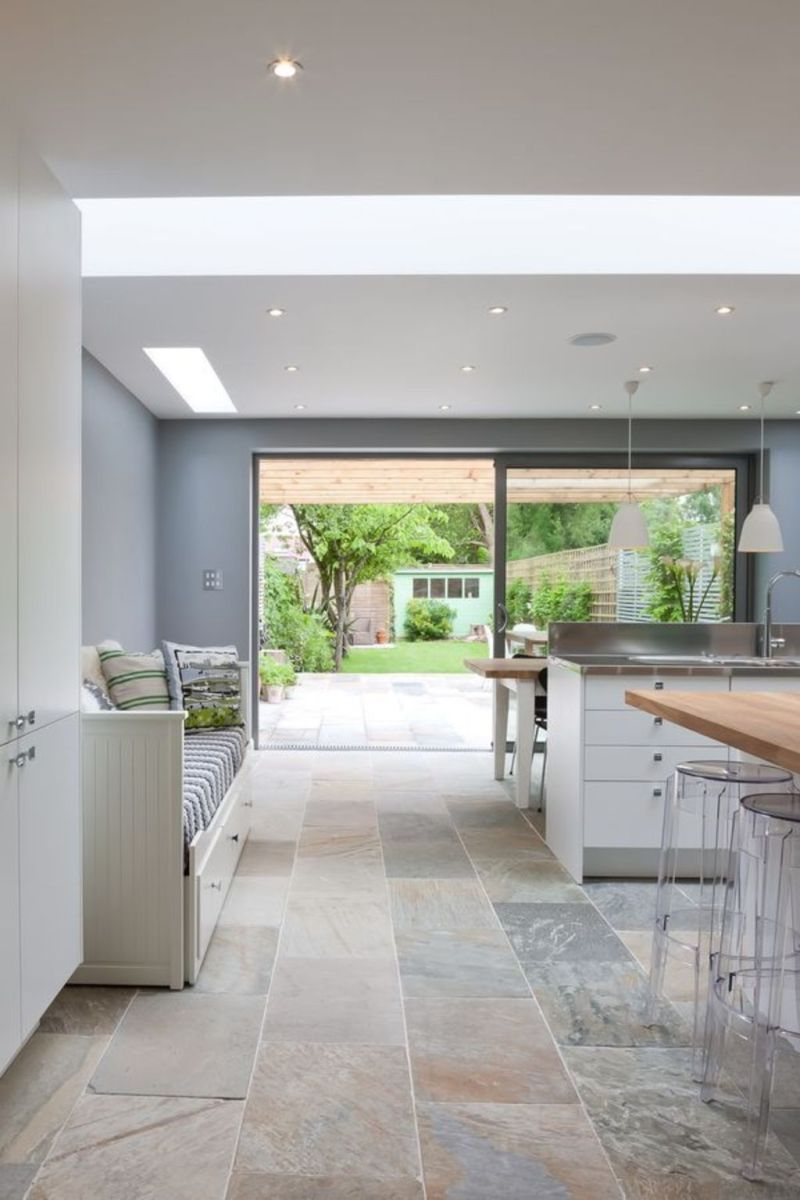 Natural Stone Floor Ideas that Looks Amazing in Traditional and Vintage Kitchen Styles Part 11