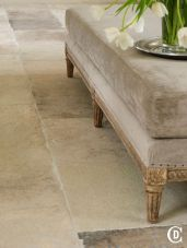 Natural Stone Floor Ideas that Looks Amazing in Traditional and Vintage Kitchen Styles Part 20