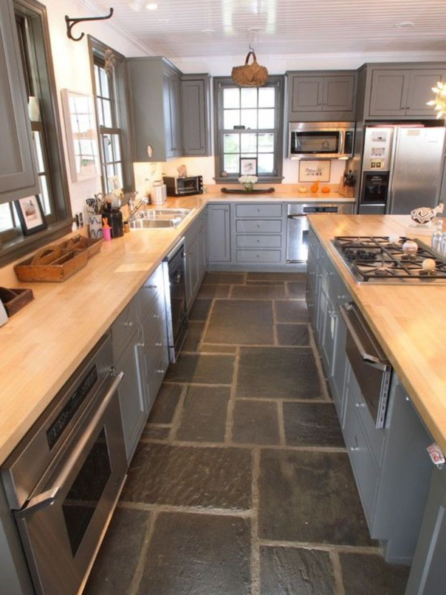 Natural Stone Floor Ideas that Looks Amazing in Traditional and Vintage Kitchen Styles Part 7