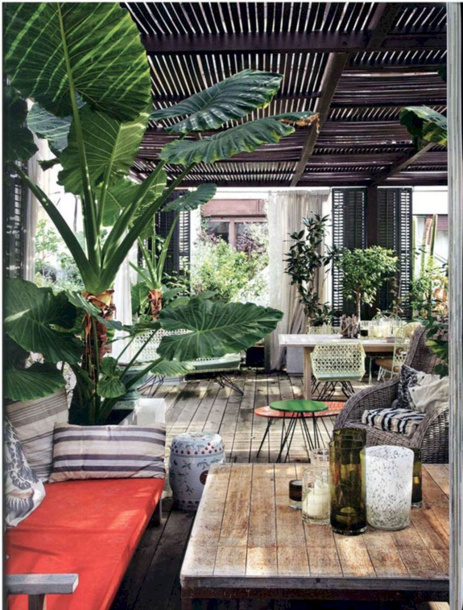 Open living space and porch design as special space to gather and enjoy your landscape (13)