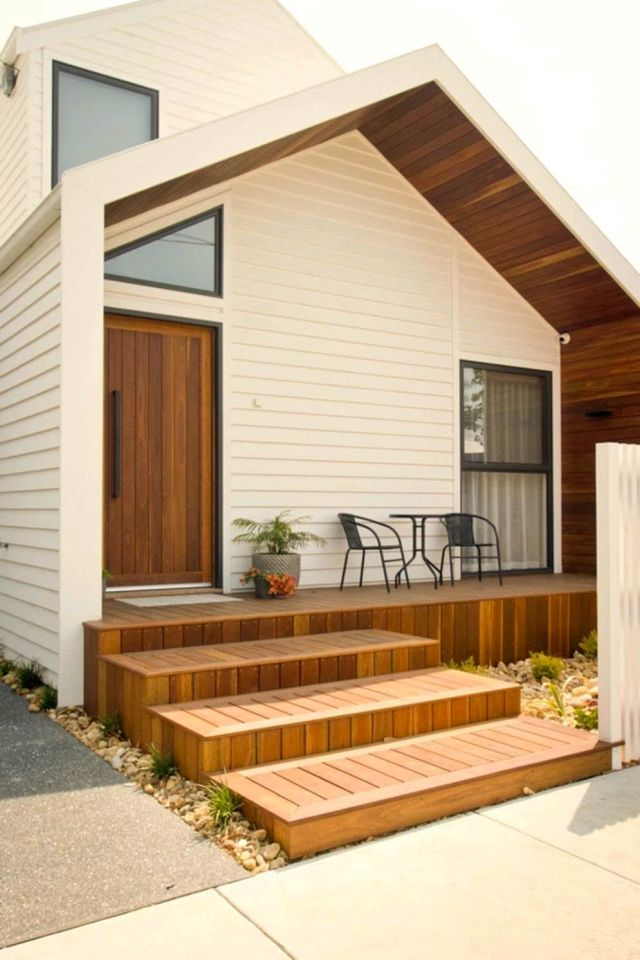 Simple facade concept Moonee Pond Gable House mixing wood and bright color to give everyone warm welcome