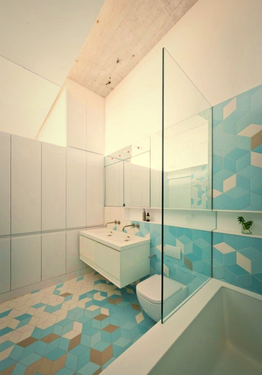 Geometric wall accents in calming tones in white and shades of blue – Doehler (3)