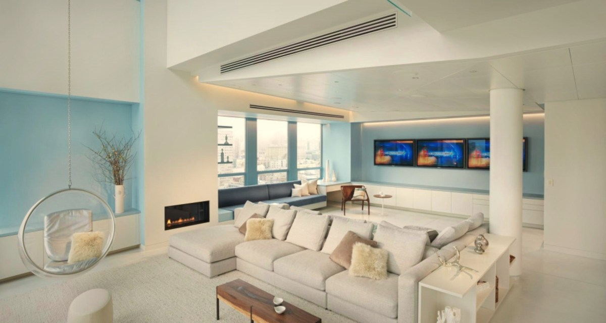 Modern penthouse apartment with one side open floor to add height and improve a large space view (2)