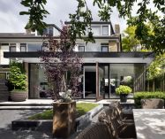 Inspiring home renovation in Rotterdam showing off high quality living space combined with relaxing outdoor area Living Hillegersberg (2)
