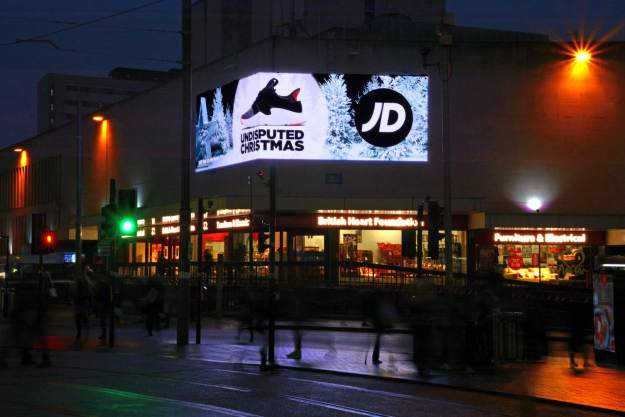 German Market Bull St Corporation St Evening (7)
