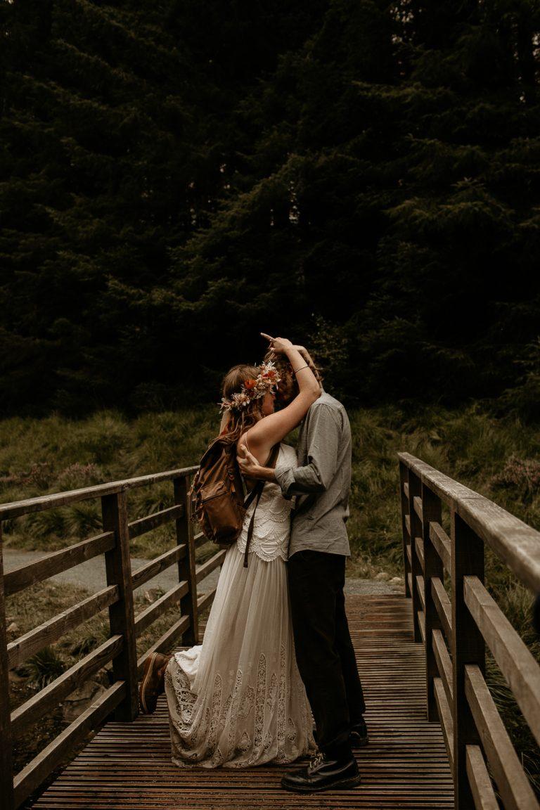 unfurl48-photography-lake-district-van-life-elopement-wedding-countryside-elope-boho-inspiration-hip-adventure-outdoor-england-bridge-kiss