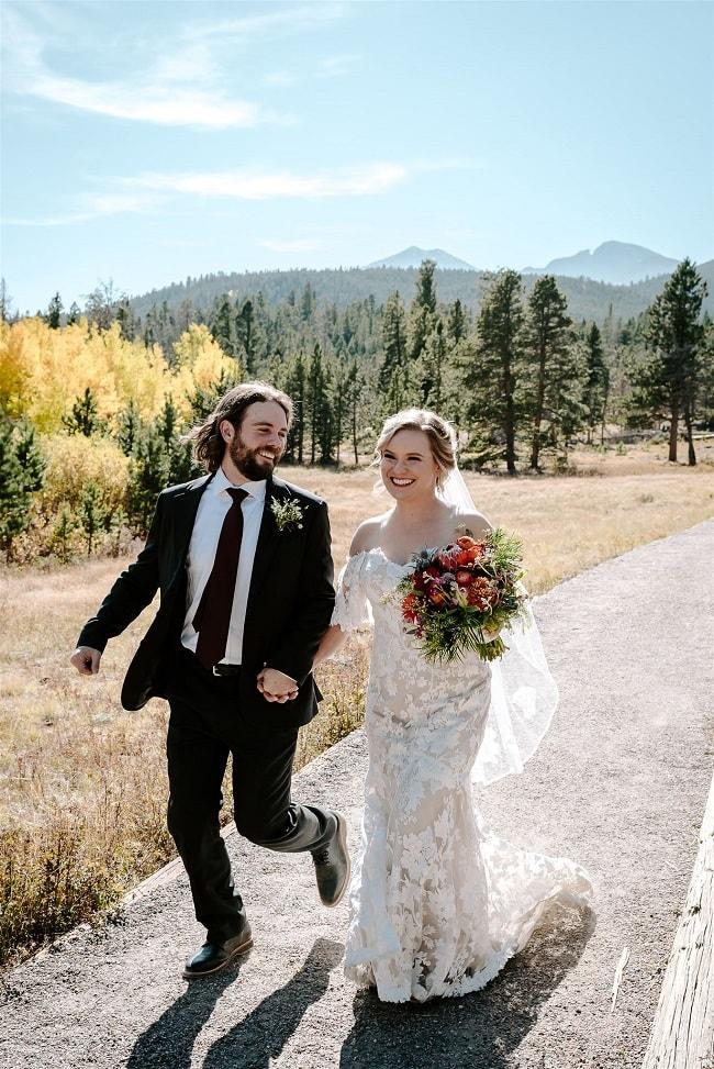 Courtney48-Lynn-colorado-adventure-elopement-packages-destination-wedding-photographer-estes-park-elope-newlyweds